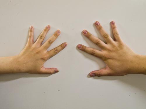 男女の手の高画質画像