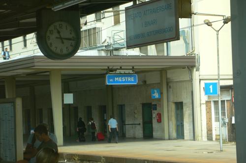イタリアの駅 1の高画質画像