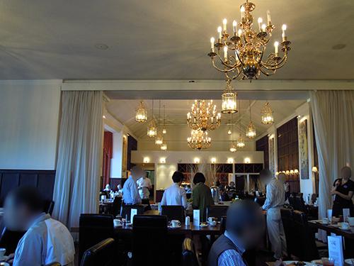 ホテルの食事風景の高画質画像
