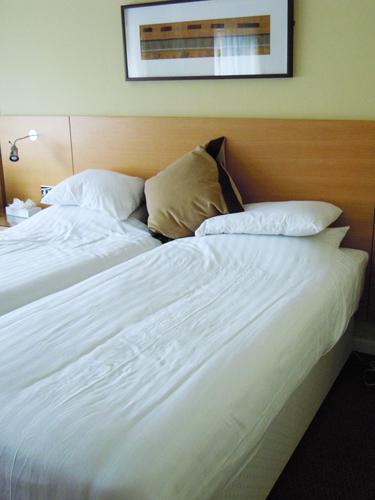 ベッド 2の高画質画像