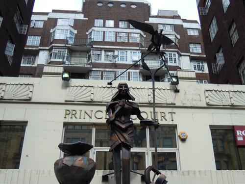 ロンドンの銅像の高画質画像