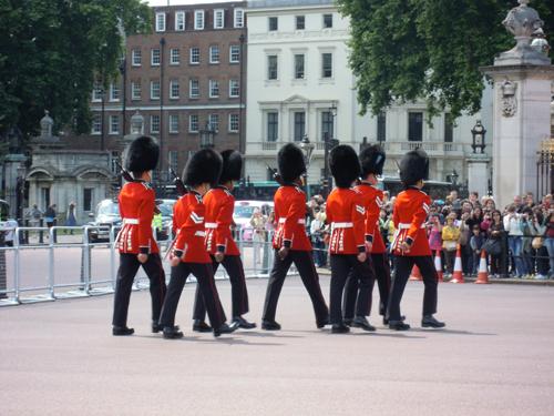 バッキンガム宮殿衛兵交代式 1の高画質画像