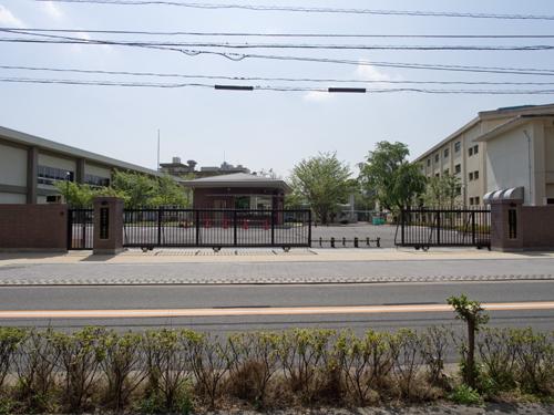 陸上自衛隊 用賀駐屯地の高画質画像