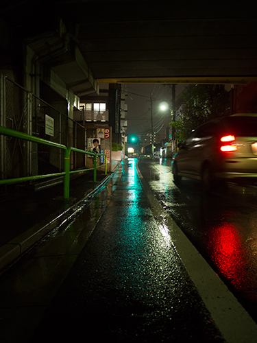 雨が降った夜道 3の高画質画像