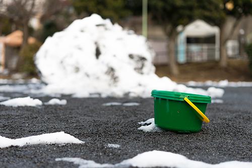 雪の塊の高画質画像