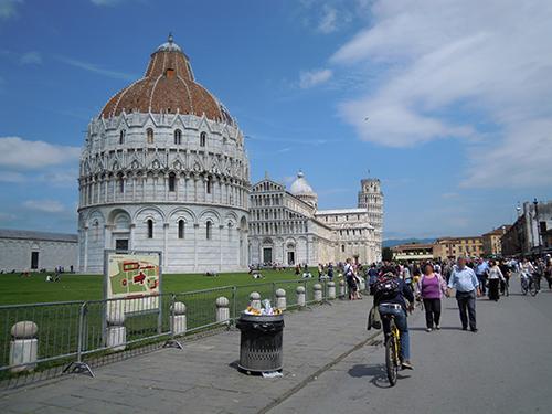 ピサの斜塔と大聖堂、ドゥオモ広場 1の高画質画像