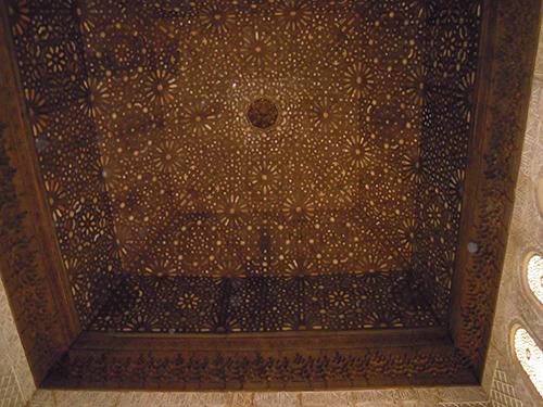 アルハンブラ宮殿の天井 2の高画質画像