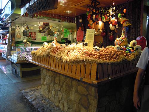 バルセロナの卵売りの高画質画像