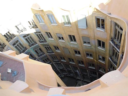 ミラ邸の屋上から、バルセロナの高画質画像