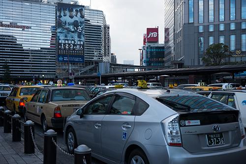 横浜駅西口方面のタクシー乗り場の高画質画像