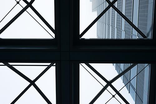 新宿のビルの高画質画像