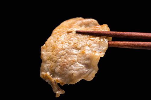 しょうが焼きのお肉の高画質画像