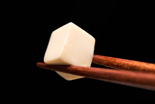 味噌汁の豆腐の高画質画像