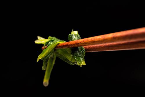 けんちん汁のほうれん草の高画質画像