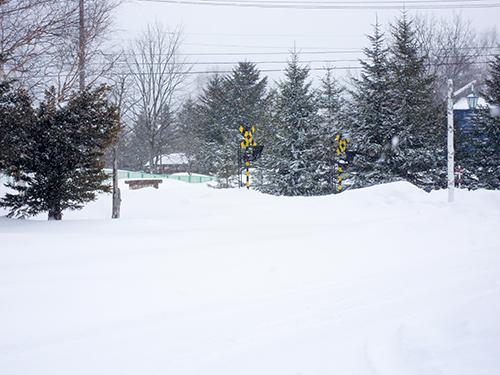 雪国の交差点の高画質画像